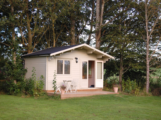 Hampshire_log_cabin