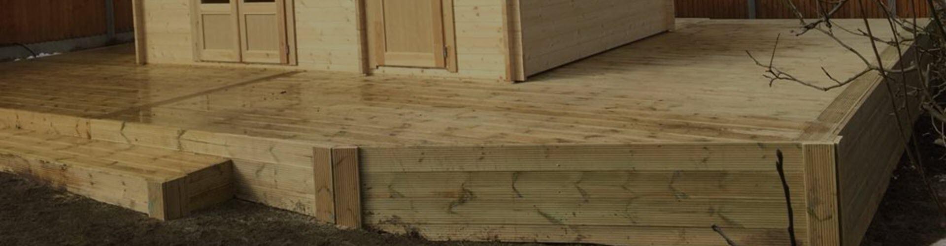 Log Cabin Decking - Log Cabin Veranda Decking